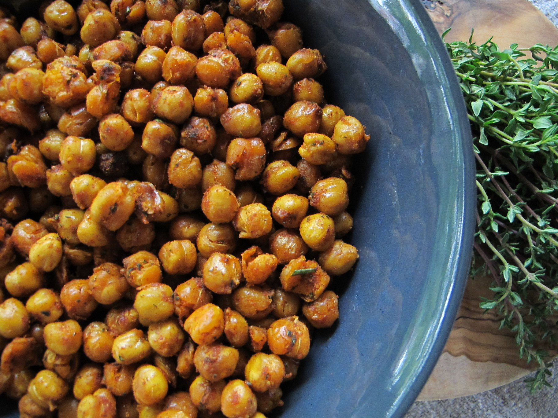roasted chickpeas with paprika rosemary and thyme | v:gourmet
