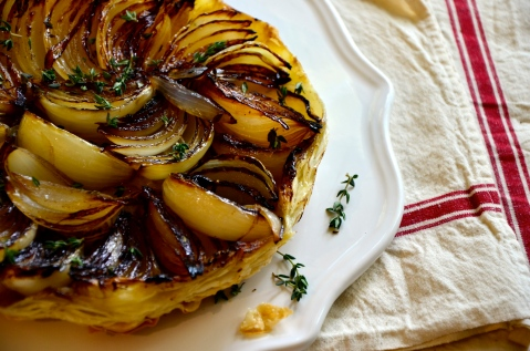 upside down onion tart